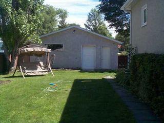 Photo 2: 327 OLIVE Street in Winnipeg: St James Single Family Detached for sale (West Winnipeg)  : MLS®# 2512292