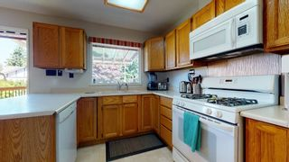 "Photo 11: 2363 THE BOULEVARD in Squamish: Garibaldi Highlands House for sale in ""Garibaldi Highlands"" : MLS®# R2602086"