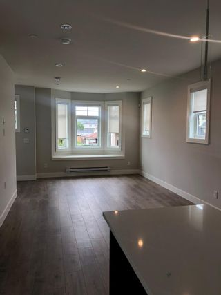 """Photo 3: 5 189 WOOD Street in New Westminster: Queensborough Townhouse for sale in """"River Mews"""" : MLS®# R2471666"""