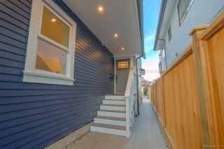 Photo 19: 945 E 14TH Avenue in Vancouver: Mount Pleasant VE 1/2 Duplex for sale (Vancouver East)  : MLS®# R2319982