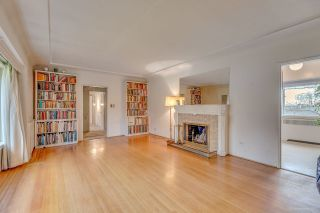 Photo 2: 950 W 57TH Avenue in Vancouver: South Cambie House for sale (Vancouver West)  : MLS®# R2233368