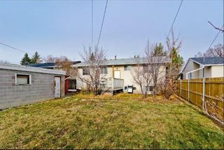 Photo 14: 539 HUNTERPLAIN Hill NW in Calgary: Huntington Hills Detached for sale : MLS®# A1024979