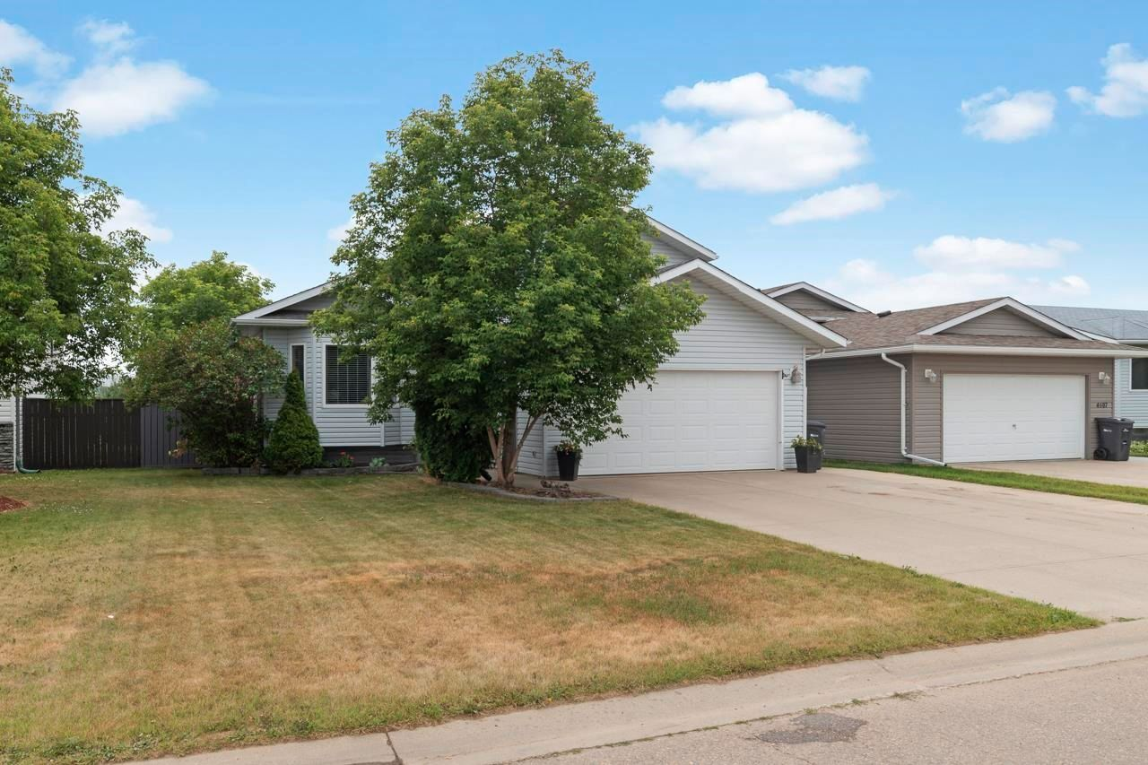 Main Photo: 4605 49 Avenue: Cold Lake House for sale : MLS®# E4255380