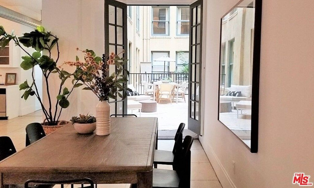 Main Photo: 108 W 2Nd Street Unit 207 in Los Angeles: Residential Lease for sale (C42 - Downtown L.A.)  : MLS®# 21783300