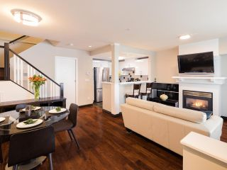 """Photo 5: 9 1015 LYNN VALLEY Road in North Vancouver: Lynn Valley Townhouse for sale in """"RIVER ROCK"""" : MLS®# R2549966"""