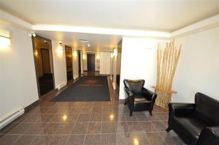 Photo 2:  in Vancouver West: Condo for sale : MLS®# R2075940