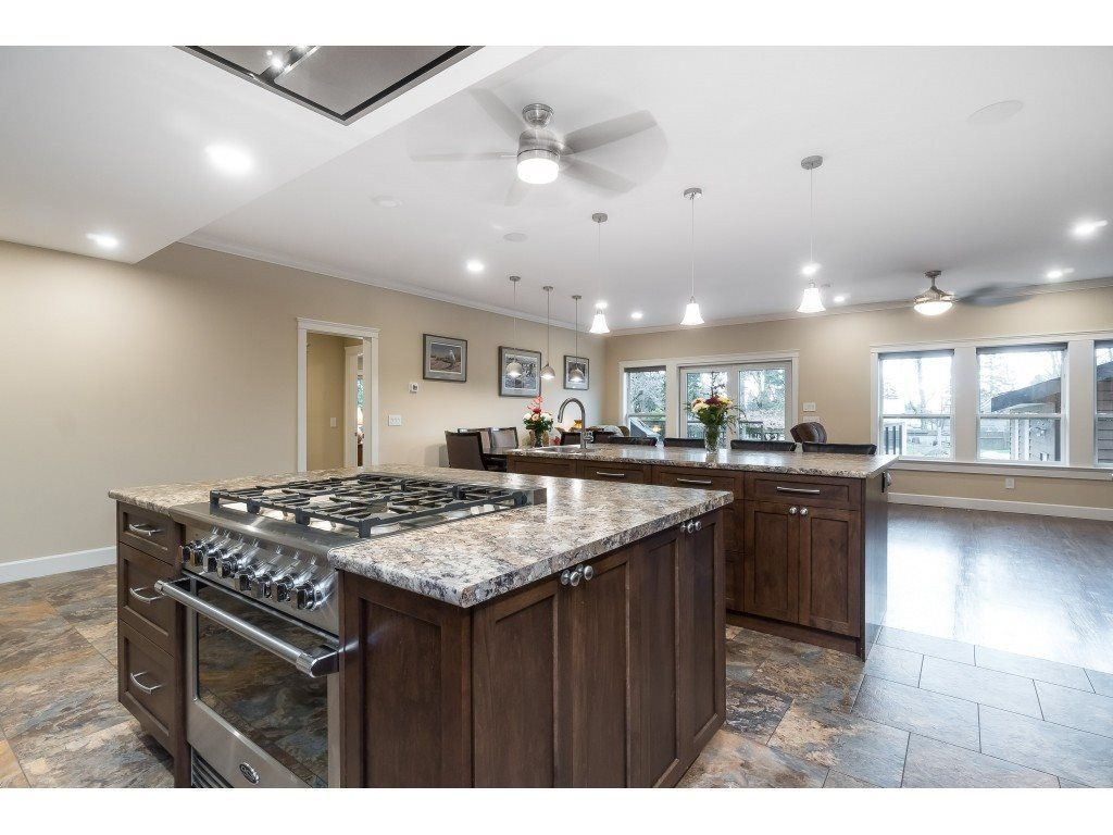 Photo 10: Photos: 11560 81A Avenue in Delta: Scottsdale House for sale (N. Delta)  : MLS®# R2520642