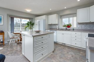 Photo 14: 1191 Thorpe Ave in : CV Courtenay East House for sale (Comox Valley)  : MLS®# 871618
