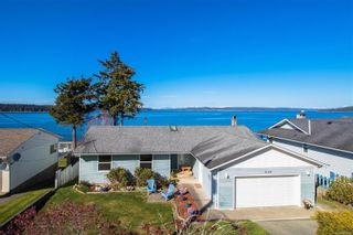 Photo 2: 2124 Beach Dr in : NI Port McNeill House for sale (North Island)  : MLS®# 874531