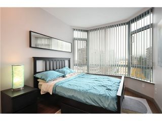 """Photo 9: 905 140 E 14TH Street in North Vancouver: Central Lonsdale Condo for sale in """"SPRINGHILL PLACE"""" : MLS®# V1062590"""