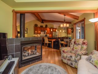 Photo 19: 330 MCLEOD STREET in COMOX: CV Comox (Town of) House for sale (Comox Valley)  : MLS®# 821647