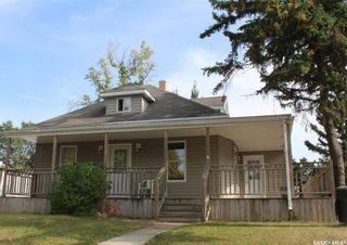 Photo 1: 314 3rd Street East in Wilkie: Residential for sale : MLS®# SK868431