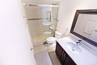 Photo 3: 101 50 E Elm Drive in Mississauga: Mississauga Valleys Condo for sale : MLS®# W3447058