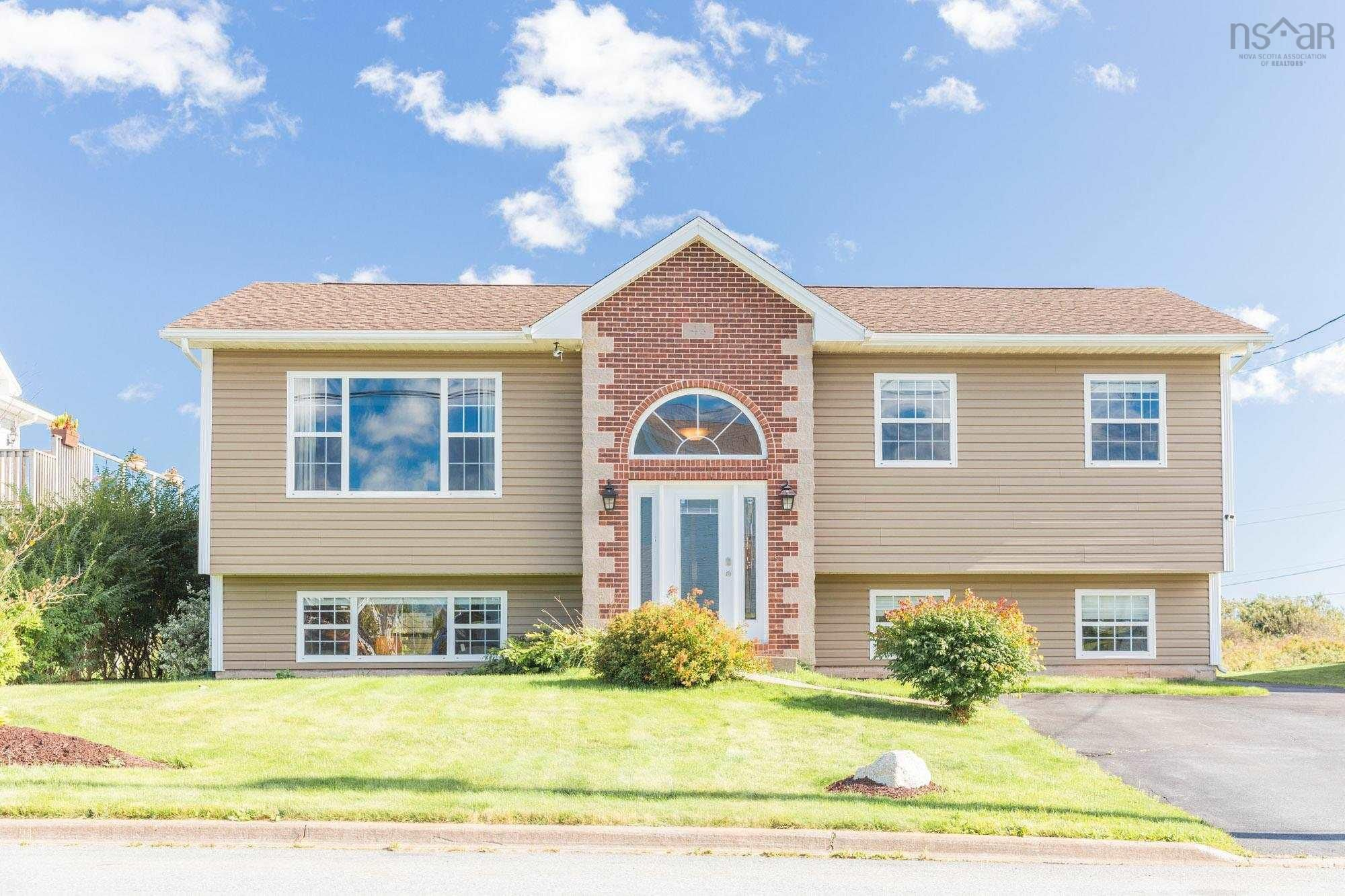 Main Photo: 43 Sandpiper Drive in Eastern Passage: 11-Dartmouth Woodside, Eastern Passage, Cow Bay Residential for sale (Halifax-Dartmouth)  : MLS®# 202125269