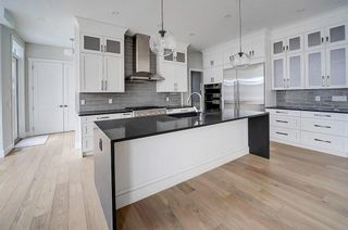 Photo 5: 6503 LONGMOOR Way SW in Calgary: Lakeview Detached for sale : MLS®# C4225488