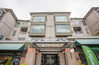 """Photo 2: 407 3480 MAIN Street in Vancouver: Main Condo for sale in """"The Newport"""" (Vancouver East)  : MLS®# R2485056"""