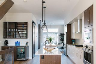 Photo 1: 10420 138 Street in Edmonton: Zone 11 House for sale : MLS®# E4253872