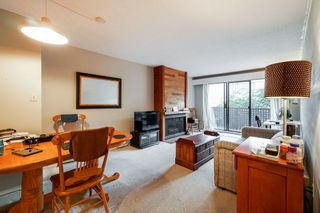 """Photo 3: 203 110 SEVENTH Street in New Westminster: Uptown NW Condo for sale in """"VILLA MONTEREY"""" : MLS®# R2317047"""