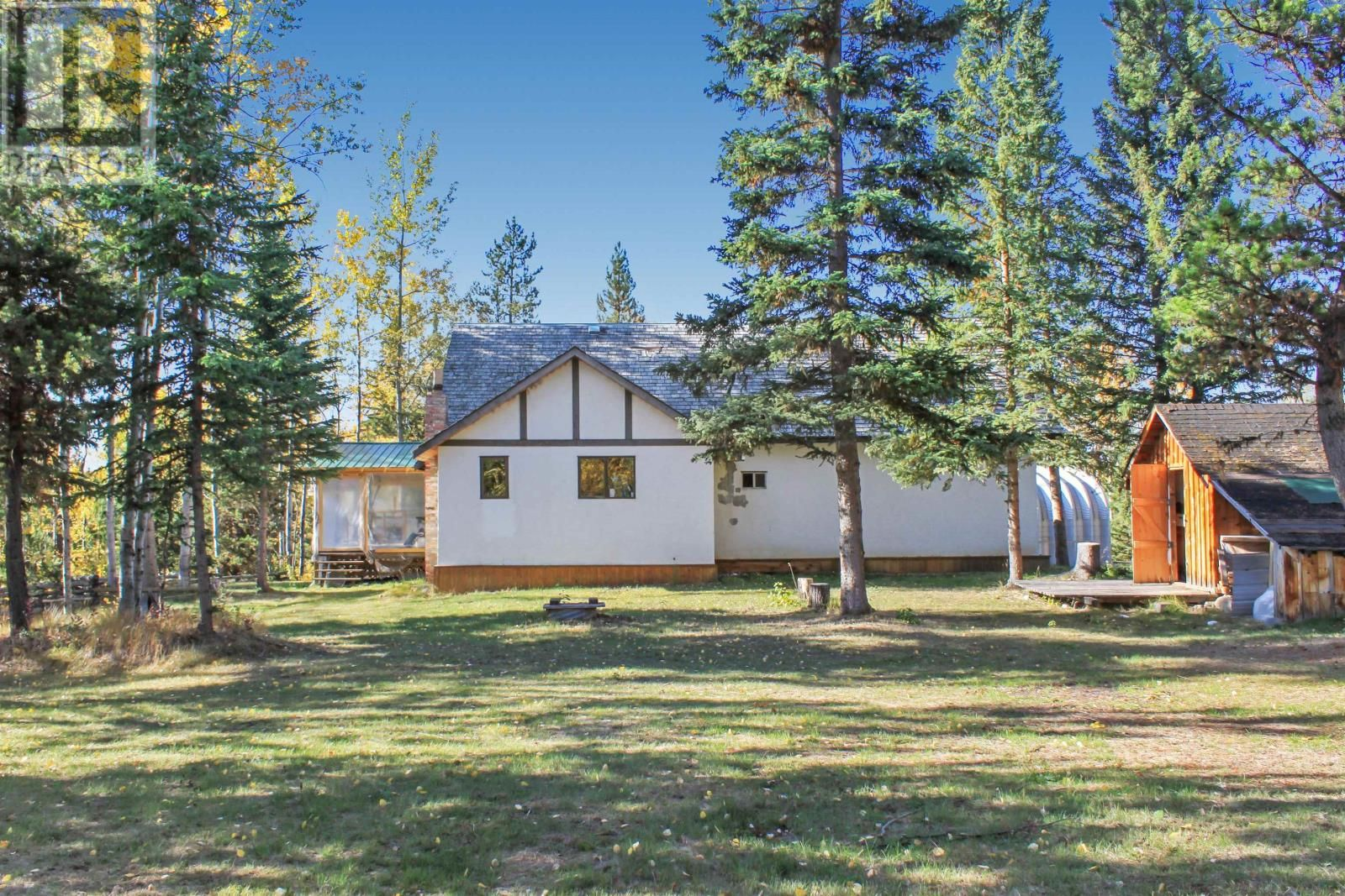 Main Photo: 6896 FAWN LAKE ROAD in Lone Butte: House for sale : MLS®# R2622820