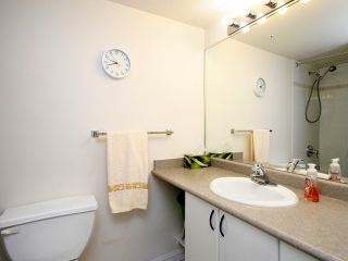 Photo 6: # 1109 2733 CHANDLERY PL in Vancouver: Fraserview VE Condo for sale (Vancouver East)  : MLS®# V1012176