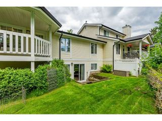 """Photo 19: 12 20761 TELEGRAPH Trail in Langley: Walnut Grove Townhouse for sale in """"Woodbridge"""" : MLS®# R2456523"""