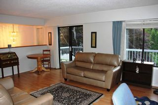 Photo 3: 1080 ELLIS Drive in Port Coquitlam: Birchland Manor House for sale : MLS®# R2470072