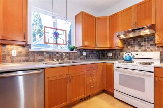 Photo 6: 369 E 30TH Avenue in Vancouver: Main House for sale (Vancouver East)  : MLS®# R2437652