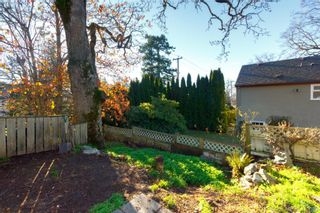 Photo 38: 656 Lampson St in VICTORIA: Es Rockheights House for sale (Esquimalt)  : MLS®# 829413