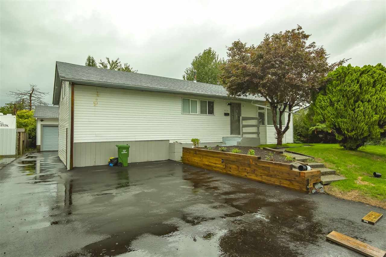 Main Photo: 9335 JACKSON Street in Chilliwack: Chilliwack N Yale-Well House for sale : MLS®# R2501495