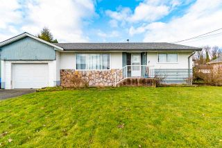 Photo 1: 46679 PORTAGE Avenue in Chilliwack: Chilliwack N Yale-Well House for sale : MLS®# R2533892