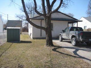 Photo 17: 693 Martin Avenue in WINNIPEG: East Kildonan Residential for sale (North East Winnipeg)  : MLS®# 1507835