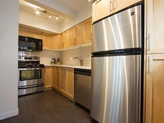 """Photo 10: 5 877 W 7TH Avenue in Vancouver: Fairview VW Townhouse for sale in """"Emerald Court"""" (Vancouver West)  : MLS®# V1119210"""