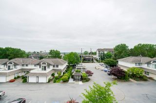 """Photo 12: 305 19645 64 Avenue in Langley: Willoughby Heights Condo for sale in """"Highgate Terrace"""" : MLS®# R2398331"""