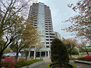 """Photo 1: 500 4825 HAZEL Street in Burnaby: Forest Glen BS Condo for sale in """"THE EVERGREEN"""" (Burnaby South)  : MLS®# R2574255"""