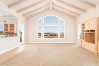 Photo 8: FALLBROOK House for sale : 3 bedrooms : 2201 Dos Lomas