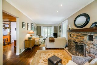 Photo 3: 517 W 23RD Street in North Vancouver: Central Lonsdale House for sale : MLS®# R2374741
