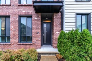Photo 1: 25 15938 27 Avenue in Surrey: Grandview Surrey Townhouse for sale (South Surrey White Rock)  : MLS®# R2624275