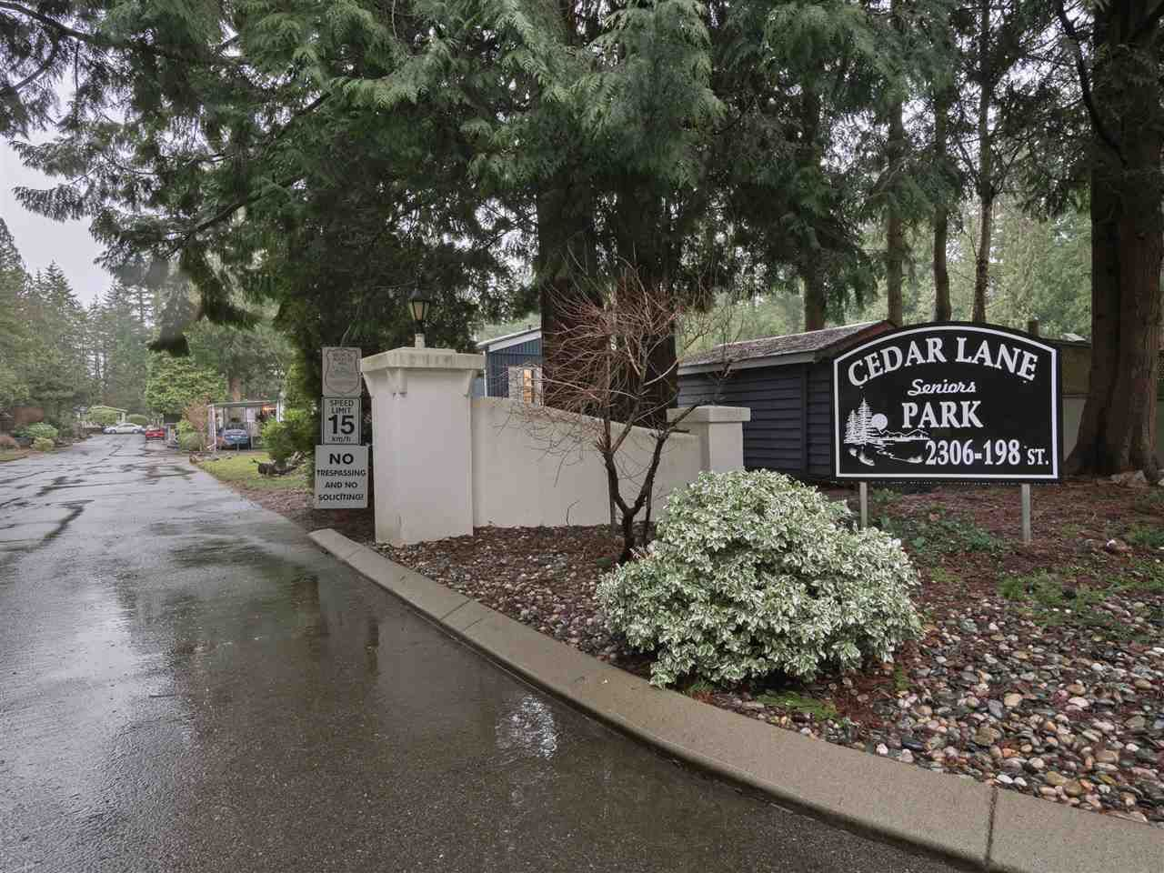 """Main Photo: 8 2306 198 Street in Langley: Brookswood Langley Manufactured Home for sale in """"Cedar Lane Park"""" : MLS®# R2237206"""