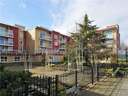 Main Photo: 310 1315 Esquimalt road in Victoria: Es Saxe Point Condo for sale (Esquimalt)  : MLS®# 309010
