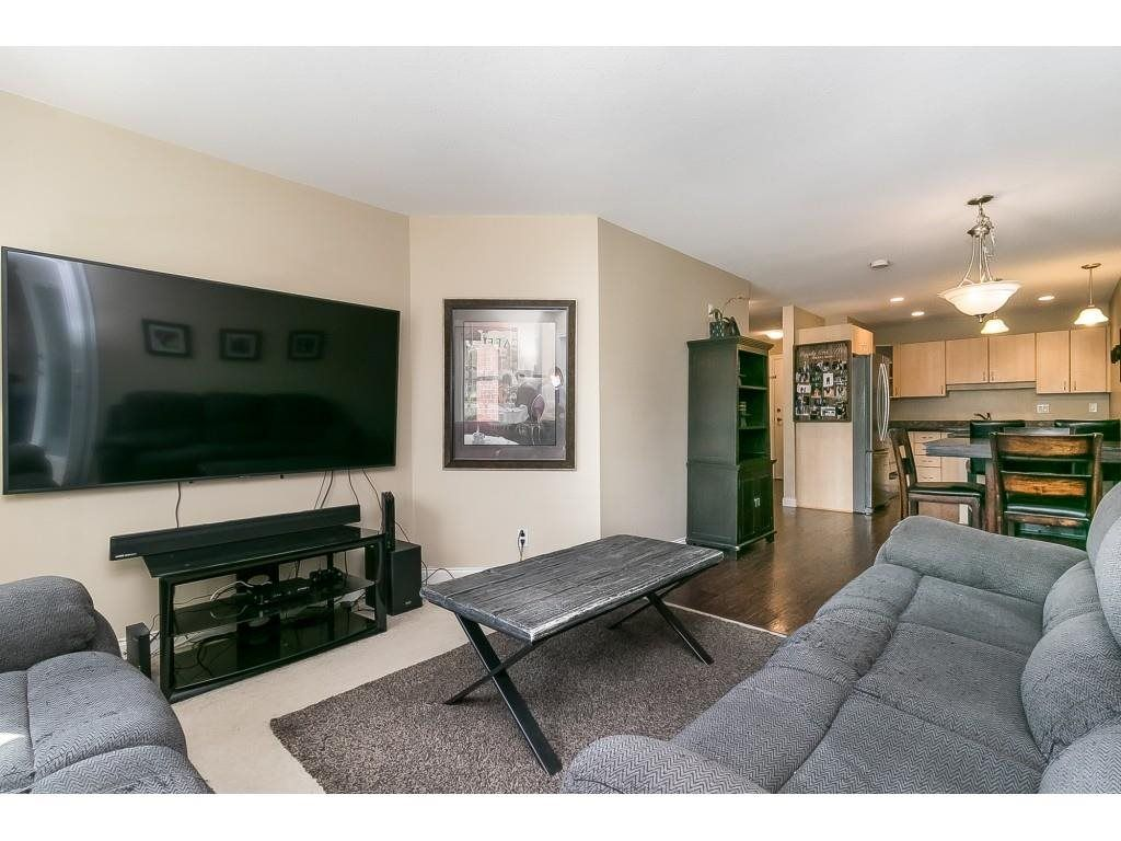 """Photo 12: Photos: 206 19774 56 Avenue in Langley: Langley City Condo for sale in """"Madison Station"""" : MLS®# R2582566"""