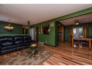 """Photo 3: 32884 BEVAN Avenue in Abbotsford: Central Abbotsford House for sale in """"~Mill Lake~"""" : MLS®# R2228988"""