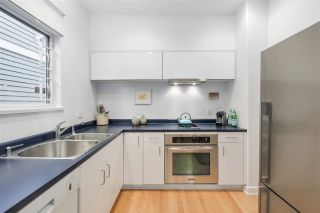 Photo 8: 2238 COLLINGWOOD Street in Vancouver: Kitsilano 1/2 Duplex for sale (Vancouver West)  : MLS®# R2208060