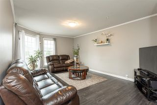 """Photo 4: 3 9472 WOODBINE Street in Chilliwack: Chilliwack E Young-Yale Townhouse for sale in """"Chateau View"""" : MLS®# R2520198"""