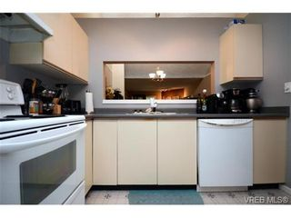 Photo 11: 35 3049 Brittany Dr in VICTORIA: Co Sun Ridge Row/Townhouse for sale (Colwood)  : MLS®# 683603