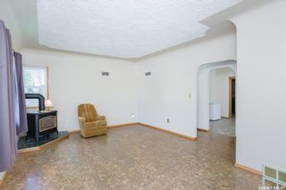 Photo 3: 401 8th Street East in Saskatoon: Nutana Residential for sale : MLS®# SK737984