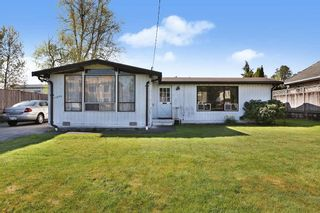 Photo 2: 11800 BLUNDELL Road in Richmond: McLennan House for sale : MLS®# R2569148