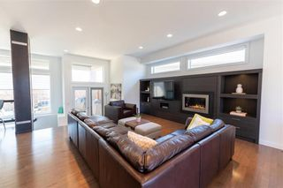 Photo 8: 148 Autumnview Drive in Winnipeg: South Pointe Residential for sale (1R)  : MLS®# 202109065