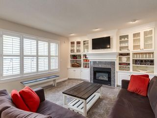 Photo 13: 123 SIGNATURE Terrace SW in Calgary: Signal Hill Detached for sale : MLS®# C4303183
