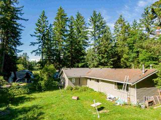 Photo 3: 19860 30 Avenue in Langley: Brookswood Langley House for sale : MLS®# R2590552