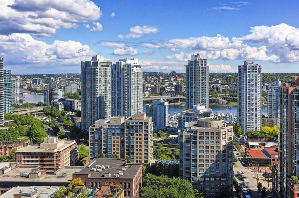 Main Photo: 24405 1155 Homer Street in North Vancouver: Yaletown Condo for sale (Vancouver West)  : MLS®# R2606292